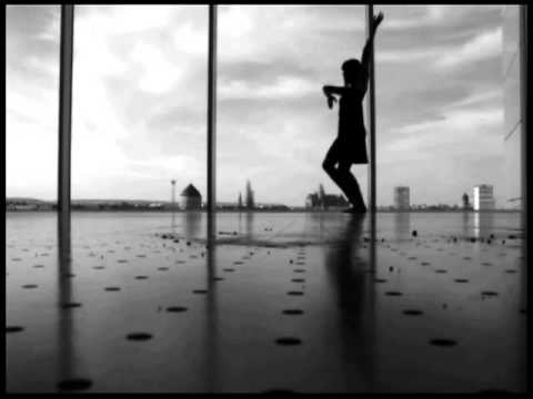 Performance danse contemporaine Pompidou Metz