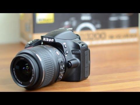 Nikon D3200 Unboxing and Tour
