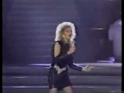 Bonnie Tyler Live Total Eclipse of the Heart 1984 Grammy-s