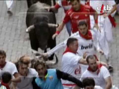 El segundo encierro de San Fermín 2009, en imágenes