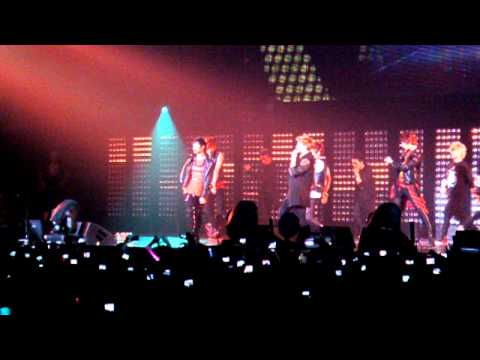 110610 SMTOWN PARIS SHINEE RING DING DONG FANCAM