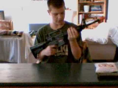 Un-Boxing the M4 Carbine Airsoft Rifle