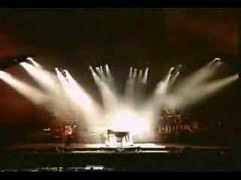 Paul McCartney & WINGS - Live And Let Die
