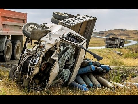 Car Accidents on video. Аварии на видеорегистратор