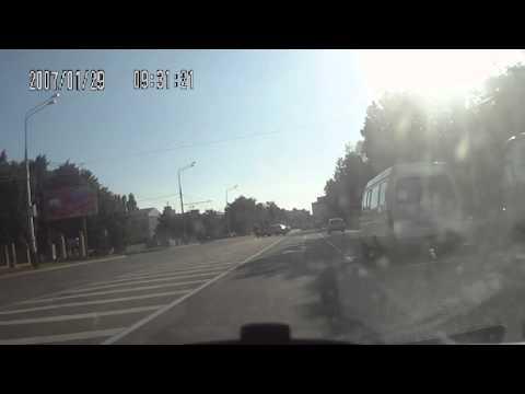 Байкер влетел в баржу г.Краснодар, ул. Мачуга 2013г