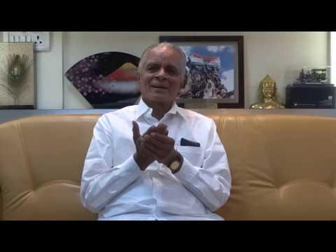 आठवणीतली दिवाळी - डॉ. शां. ब. मुजुमदार