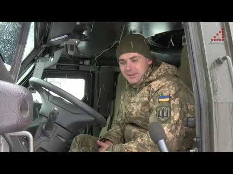У Чернігові тестують нове броньоване авто для армії. Відео