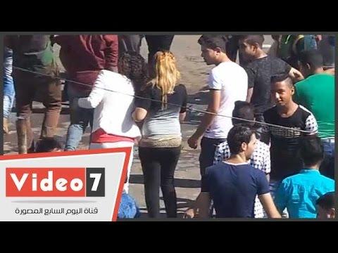 بالفيديو..شاهد شباب يطاردون فتاتين بكورنيش النيل