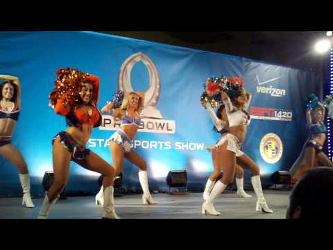 Droid X (citement) - 2011 Pro Bowl Cheerleaders @ All-Star Block Party In Waikiki