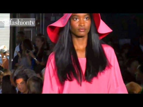 DKNY Runway Show - New York Fashion Week Spring 2012 NYFW | FashionTV - FTV