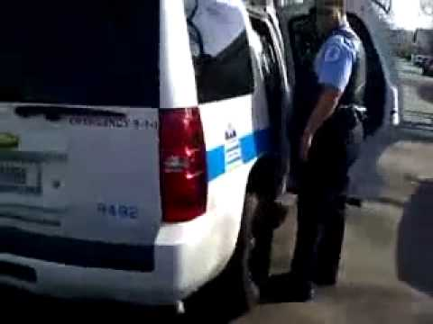 GANGBANGER IN CHICAGO GETTING DROPPED OFF IN A RIVALS HOOD BY CHICAGO POLICE