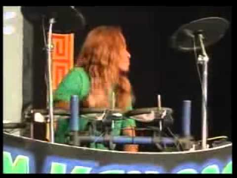 ABG TUA  Dangdut house Koplo 2011  live show Ken Arok by  Vivin