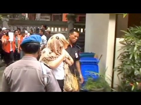 Bali death sentence for UK grandma