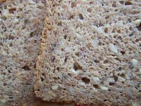 How To Make Your Own Wholegrain Bread