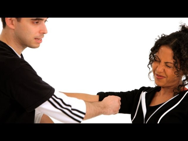How to Pinch an Attacker Effectively | Self Defense