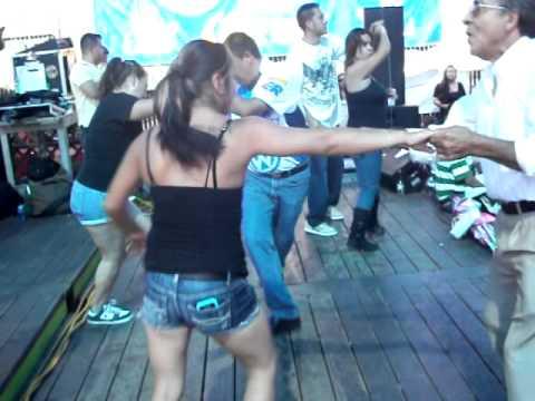 baile sonidero en la pulga de oakland