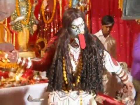(Jhanki) Maa Kali's Tandav in Bhagwati-Jagran. By. GAYATRI & PARTY (Since 1995)