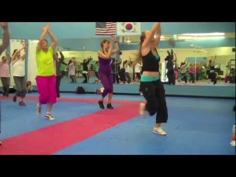 Jai Ho - A R Rahman and The Pussycat Dolls - Bollywood/Bhangra Bellydance (Dance Fitness)