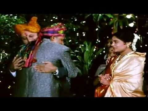 Babul Jo Tumne - Hum Aapke Hain Kaun (1995) *HD* 1080p Music Video