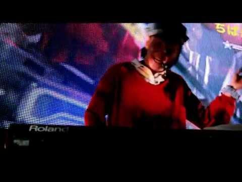 B.B.かまってちゃん(B.B.クィーンズ+神聖かまってちゃん)「夢のENDはいつも目覚まし!」