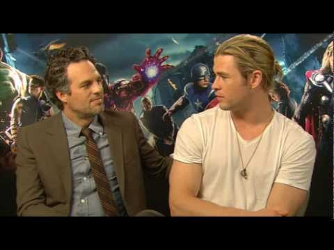 Hulk (Mark Ruffalo) & Thor (Chris Hemsworth) talk AVENGERS assemble