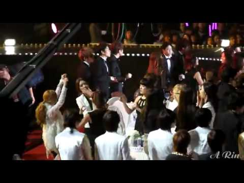 120120 SNSD Funny Moment @ 21th Seoul Music Awards