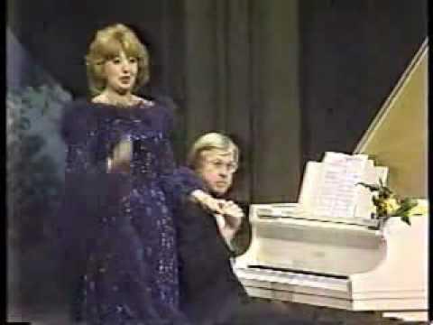 Beverly Sills Farewell - Her Final Performance!