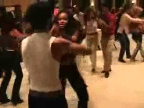 Frankie Martinez - Salsa Social Dancing