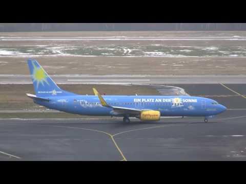 TUIfly Boeing 737-800 *ARD Fernsehlotterie c/s* am Flughafen Düsseldorf