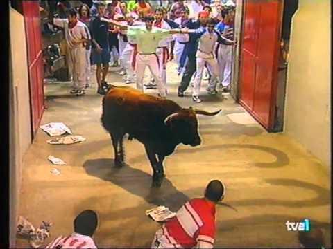 tensión en el callejón 13-7-1999