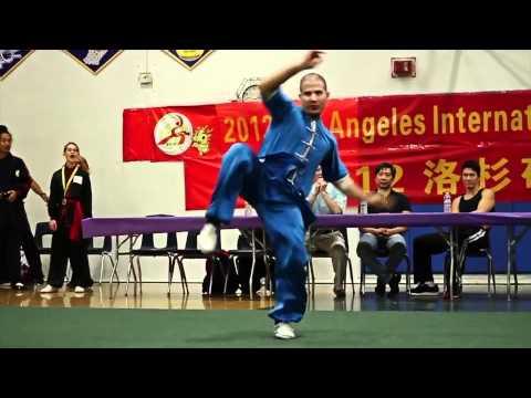 Wushu / Kung Fu Monkey Style VS Dog Style ( Head to Head )
