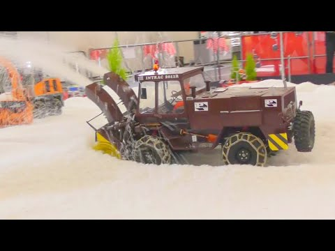 SNOW BLOWER -  RC SNOW BLOWER - AWESOME RC MACHINES ! - UCT4l7A9S4ziruX6Y8cVQRMw