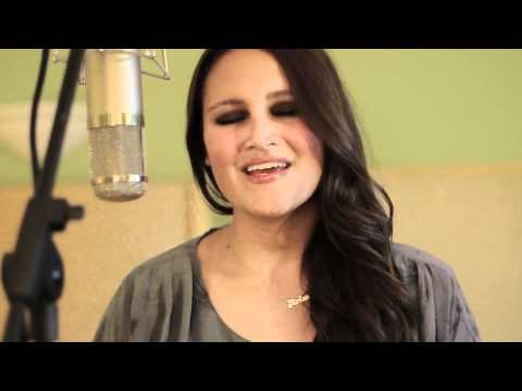 Rihanna - Love The Way You Lie (Arlene Zelina Cover)