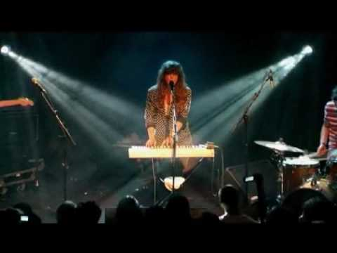 Beach House - Master Of None @ Nouveau Casino via GrandcrewTv