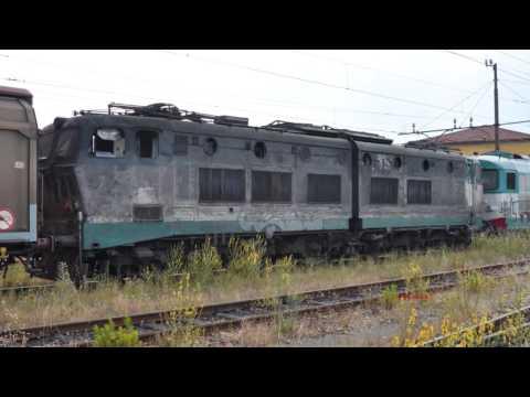 DL Livorno E655 175 La locomotiva della strage di Viareggio vista da vicino (Video in HD)