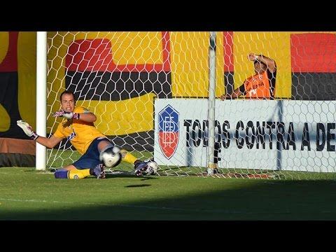 Veja os gols de Vitória 2 x 0 Bahia