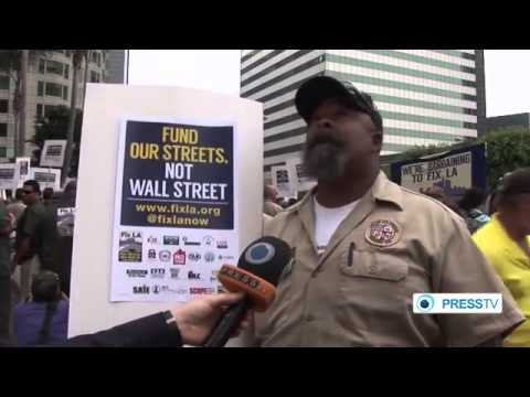 Los Angeles city workers protest deal with (Wall Street) banks