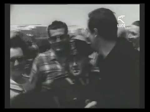 Vittorio Gassman sbarca a Calasetta 15/06/1962 [Istituto LUCE]