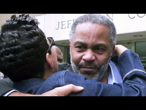 Innocent man exonerated after 30 years in jail
