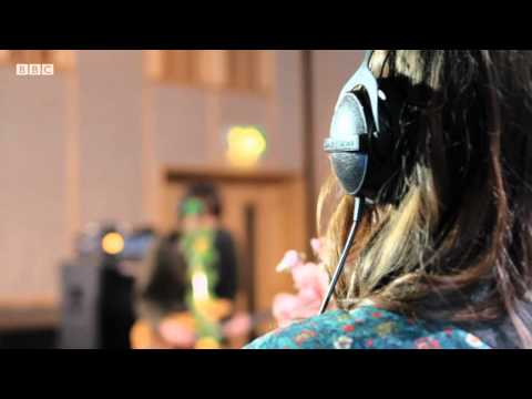 Gabrielle Aplin - Puzzle Piece (BBC Introducing Maida Vale session)