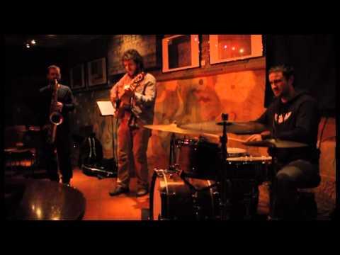 Mut Trio - Hot Blues