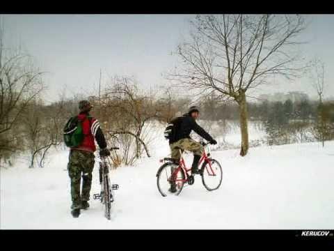 VIDEOCLIP Velo - saniuta in Parcul Tineretului