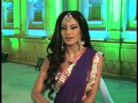 Veena Malik Shoots An Item Song For 'Gali Gali Mein Chor Hai'