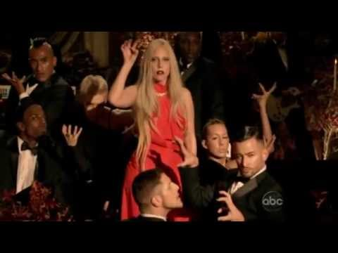 Lady GaGa-Bad Romance Live(A very GaGa thanksgiving)