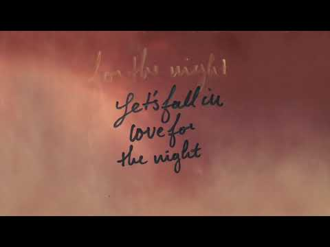 FINNEAS – Let's Fall In Love For The Night