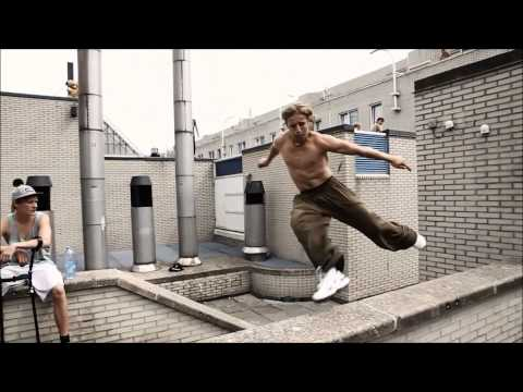 The World's Best Parkour and Freerunning - UC0OnAjC52vtL_N3f76BU9dw