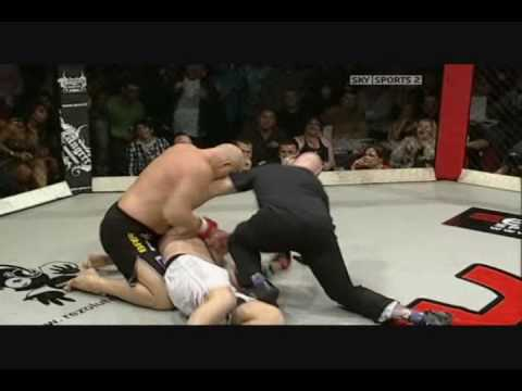 MMA - The Knockouts of 2009 - Vol.1