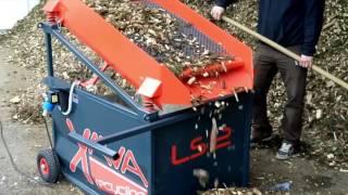 LS12 Hackschnitzel sieben / Screening of Woodchips