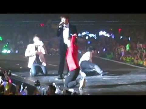 20120218 [FanCam] 2PM HAND UP ASIA TOUR in BANGKOK 2012 (43.55 Mins)