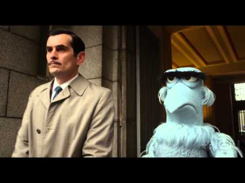 "Muppets Most Wanted: ""Interpol Headquarters"" Clip - ignentertainment"
